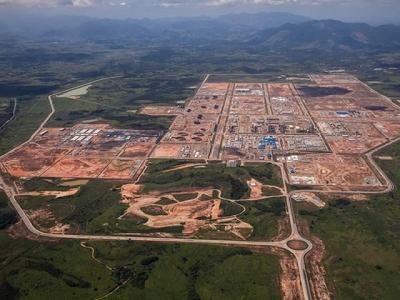 Petrobrás anuncia parceria com chinesa no Comperj